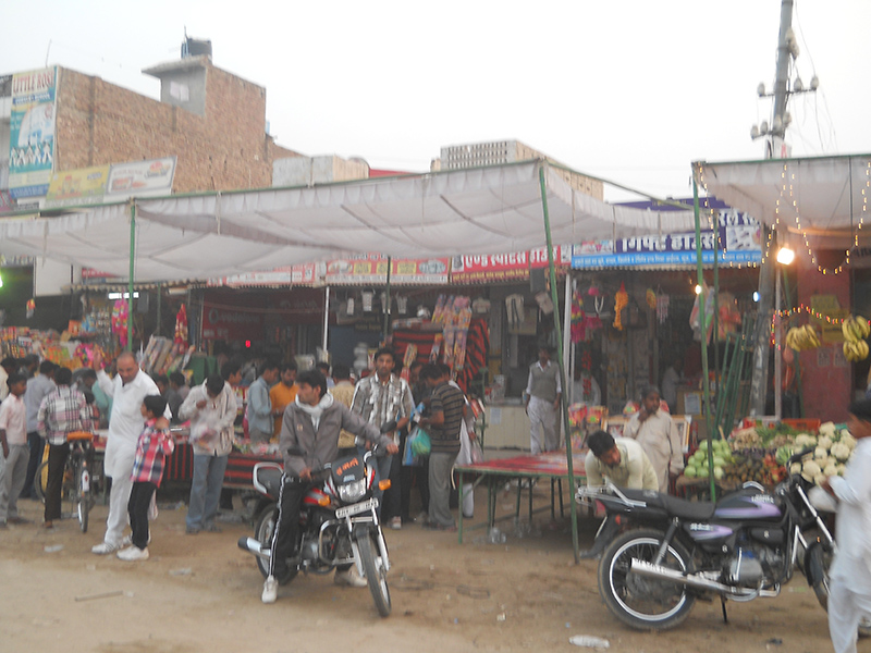 Main Bus Stand Market